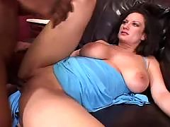 Busty Marilyn Scott Enjoying Black Dick